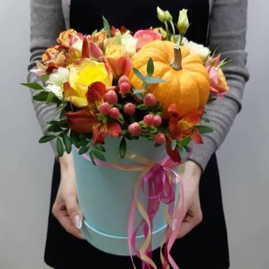 цветы в коробке r20
